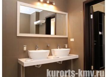 Санаторно-Курортный комплекс «Русь» 2-местный 3-комнатный сьют