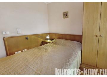 Санаторий «Долина Нарзанов» Кисловодск Комфорт 1-местный (с балконом)