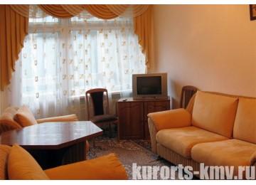 Санаторий «Москва» Кисловодск Люкс 2-местный 2-комнатный корп. №2