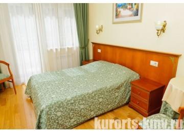 Санаторий «Целебный Нарзан» Кисловодск 2-местный 1-комнатный стандарт