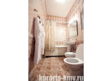 Санаторий «Им. Кирова» г. Железноводск Люкс 2-местный 2-комнатный