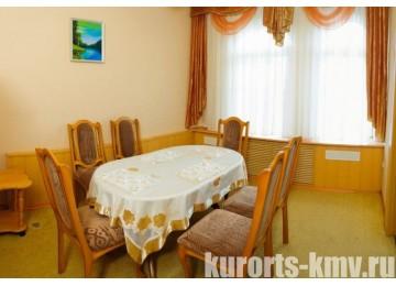 Санаторий «Им. Тельмана» Железноводск Люкс 2-местный 3-комнатный